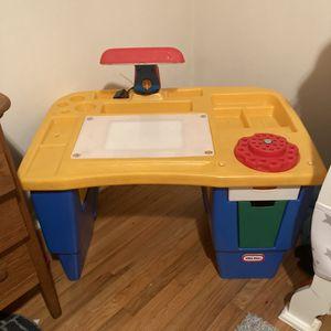 Vintage Kids Desk for Sale in Waterford Township, MI