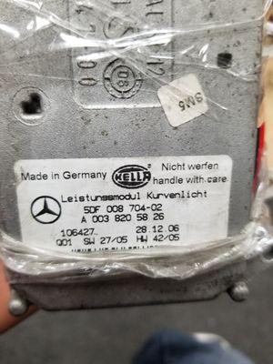 04.09 Mercedes clk headlights ballasters for Sale in Compton, CA