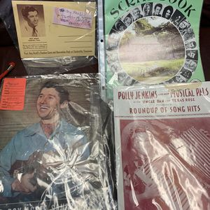 Country music Vintage for Sale in Lancaster, PA