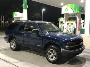 Chevy Blazer 2DR Sport for Sale in Kissimmee, FL