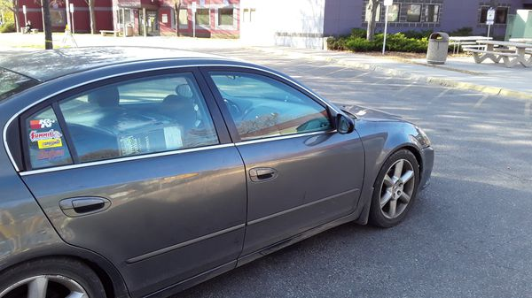 2005 Nissan Altima parting out