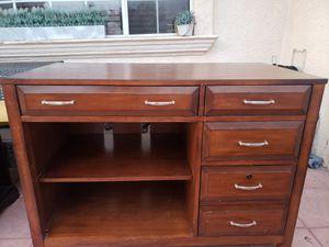 Computer credenza desk for Sale in Chula Vista, CA