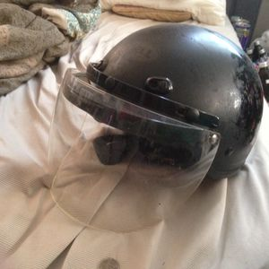 Bell scooter or motorcycle helmet for Sale in Boston, MA