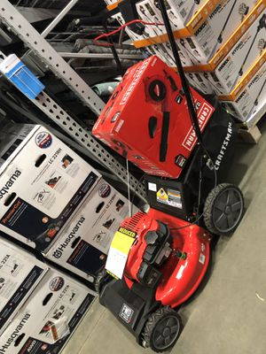 New lawnmower and leaf blower for Sale in Modesto, CA