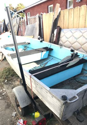 Aluminum boat 12 f no leak and extras must go$200 no title for sale is as for Sale in San Leandro, CA