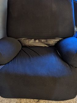 Recliner Chair for Sale in Kirkland,  WA
