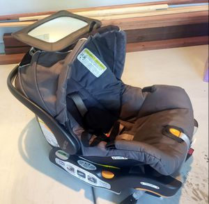 Chicco KeyFit® 30 Infant Car Seat for Sale in West Linda, CA