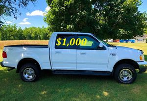 🍏🟢💲1,OOO For sale URGENTLY this Beautiful💚2002 Ford F150 nice Family truck XLT Super Crew Cab 4-Door Runs and drives very smooth V8🟢🍏 for Sale in Hartford, CT