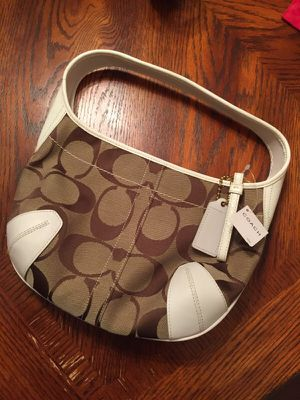 coach hobo bag for Sale in Pittsburgh, PA