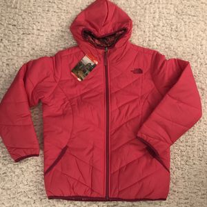 The North Face Reversible hooded jacket size Youth XL(18/20) - NEW for Sale in Annandale, VA