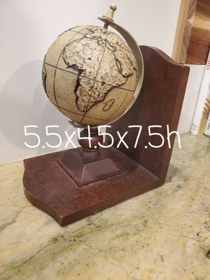 Globe Style Bookend...great for desktop as well for Sale in Bloomingdale, IL