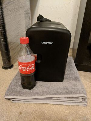 Chefman 4 Liter Mini Fridge - Heat/Chill for Sale in Jackson, MS