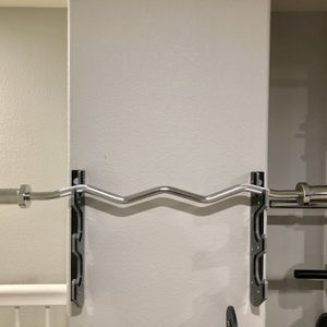 Brand new in box Titan Fitness Olympic EZ Easy Bicep Super curl bar barbell (not negotiable) for Sale in Chula Vista, CA