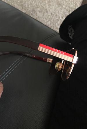 Men's Prada sunglasses for Sale in Oxon Hill, MD