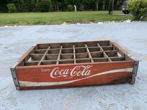 COCA-COLA Vintage Red Wooden Crate Box Pop (for 24 Bottles) for Sale in Dade City, FL