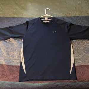 Nike Classic Long Navy Blue Long Sleeve for Sale in Oxnard, CA