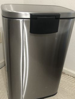 step trash can made by design target for Sale in Selma,  CA