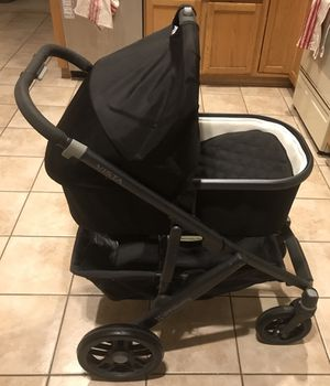 Uppababy bassinet stroller and car seat for Sale in Chandler, AZ
