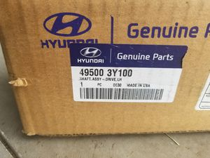 Selling a brand new left side axel for 2011 to 2015 Hyundai elantra for Sale in Kissimmee, FL