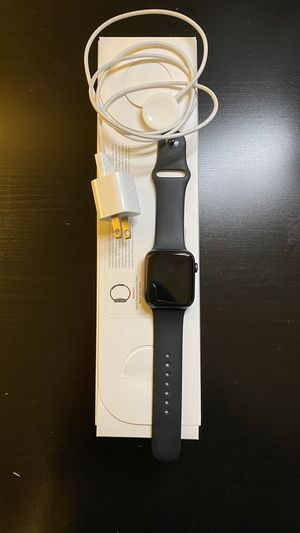 Apple Watch series 5 Gps+Cellular 44mm for Sale in Long Beach, CA