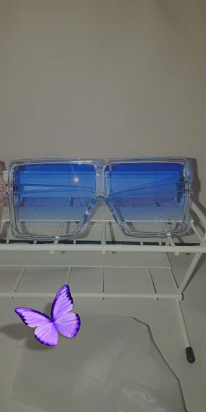 Oversize sunglasses for Sale in Chicago, IL
