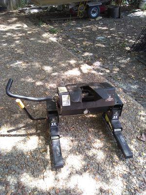 HUSKY 5thwheel 16K easy roller Slide r for Sale in Gulf Breeze, FL