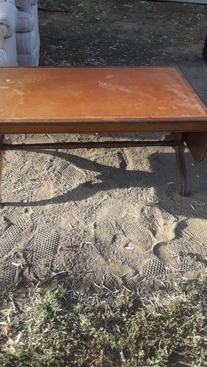 Small antique table for Sale in Lakewood, CO