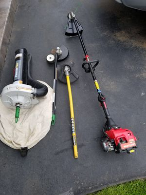 Craftsman weedeater with attachments for Sale in Everett, WA