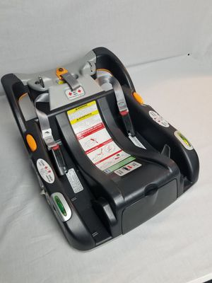 Used Chicco KeyFit® 30 Infant Car Seat Base Expires March 2021 w/level indicators for Sale in Tiverton, RI