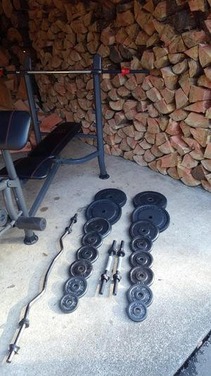 Weight bench 145lb, heavy bar, curl bar 2 dumbbells! for Sale in Shelton, WA