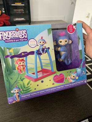 WowWee Fingerlings Playset - Monkey Bar Playground + Liv The Baby Monkey (Blue with Pink Hair) for Sale in Bluffdale, UT