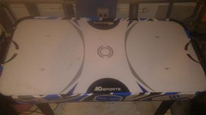 Air hockey table for Sale in Davenport, FL