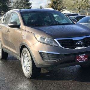 2012 Kia Sportage LX (AWD) (Clean Title) (Navigation) (Back Up Camera) for Sale in Milwaukie, OR