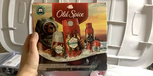 Old spice gift set for Sale in Stockbridge, GA