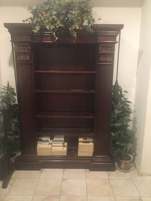 Lighted Display Cabinet for Sale in Fontana, CA