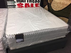 ORTHOPEDIC PILLOWTOP MATTRESS AND BOXSPRING for Sale in Alsip, IL
