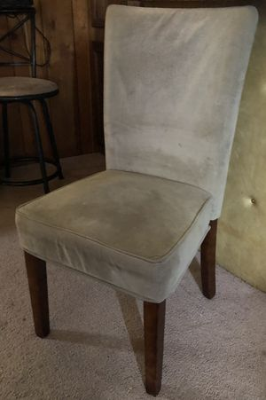 Cream Colored Accent Chair for Sale in La Vergne, TN