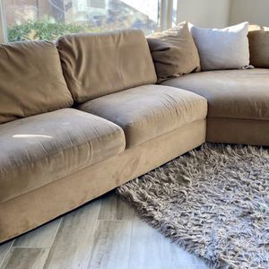 SECTIONAL W/FREE DELIVERY for Sale in Scottsdale, AZ
