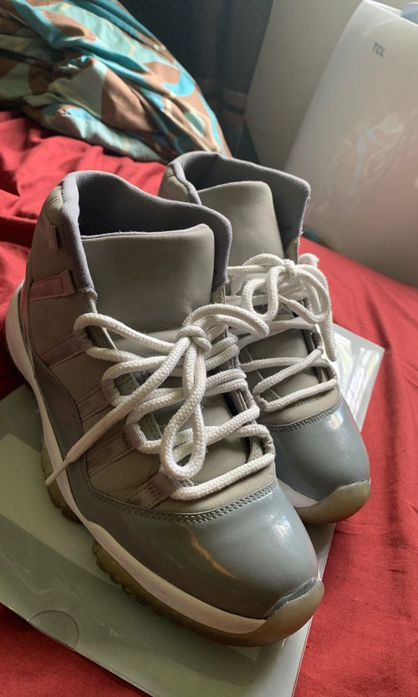 Cool Grey 11s Size 9