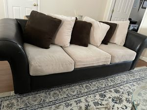 Leather couch set with pillows for Sale in Orlando, FL