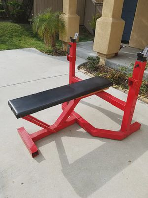 Commercial flat bench for your weights for Sale in Chula Vista, CA