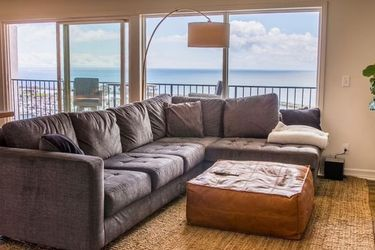 Grey Sectional Couch for Sale in Costa Mesa,  CA
