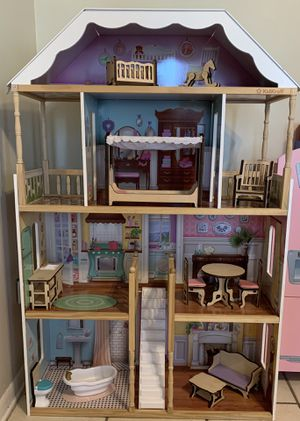KidKraft Dollhouse with Wooden Furniture for Sale in Orlando, FL