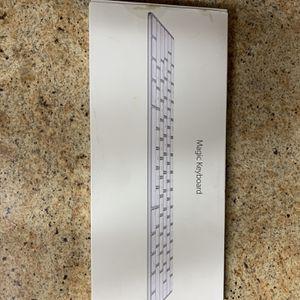 Apple Magic Keyboard for Sale in Riverside, CA