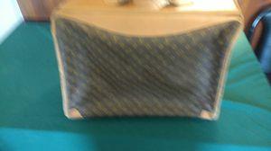 Louis Vuitton garment bag Saks fifth avenue for Sale in Las Vegas, NV