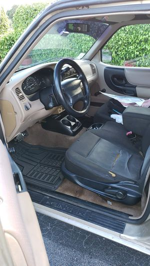 2000 Ford ranger for Sale in Miami, FL