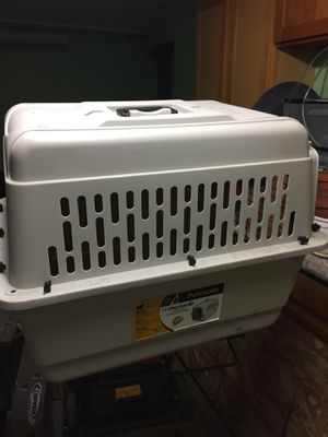 Dog house, crate for Sale in Oakland, CA