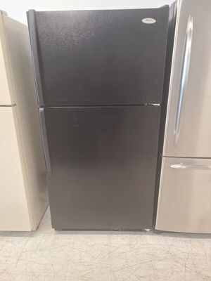 Whirlpool top freezer refrigerator used good condition with 90 days warranty for Sale in Mount Rainier, MD