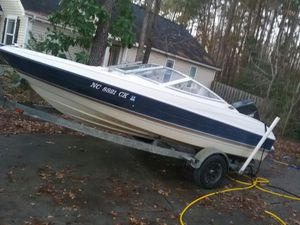 Bayliner 95. Works Great! Fast boat! for Sale in Hutto, TX