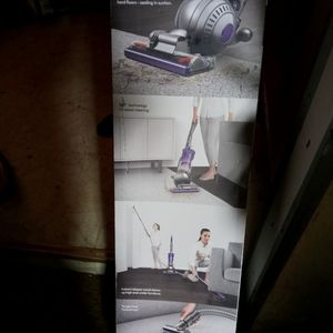 Brand new Dyson vacuum for Sale in Bakersfield, CA